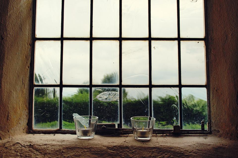 window-1560966_960_720.jpg